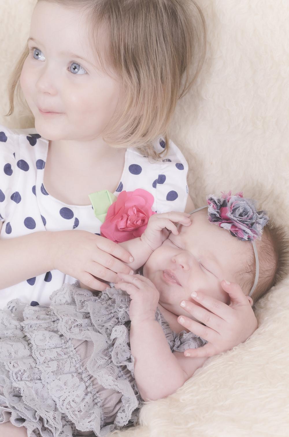 Amelia_Newborn_11.jpg