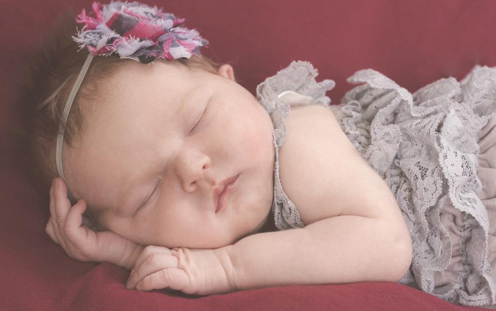 Amelia_Newborn_15.jpg