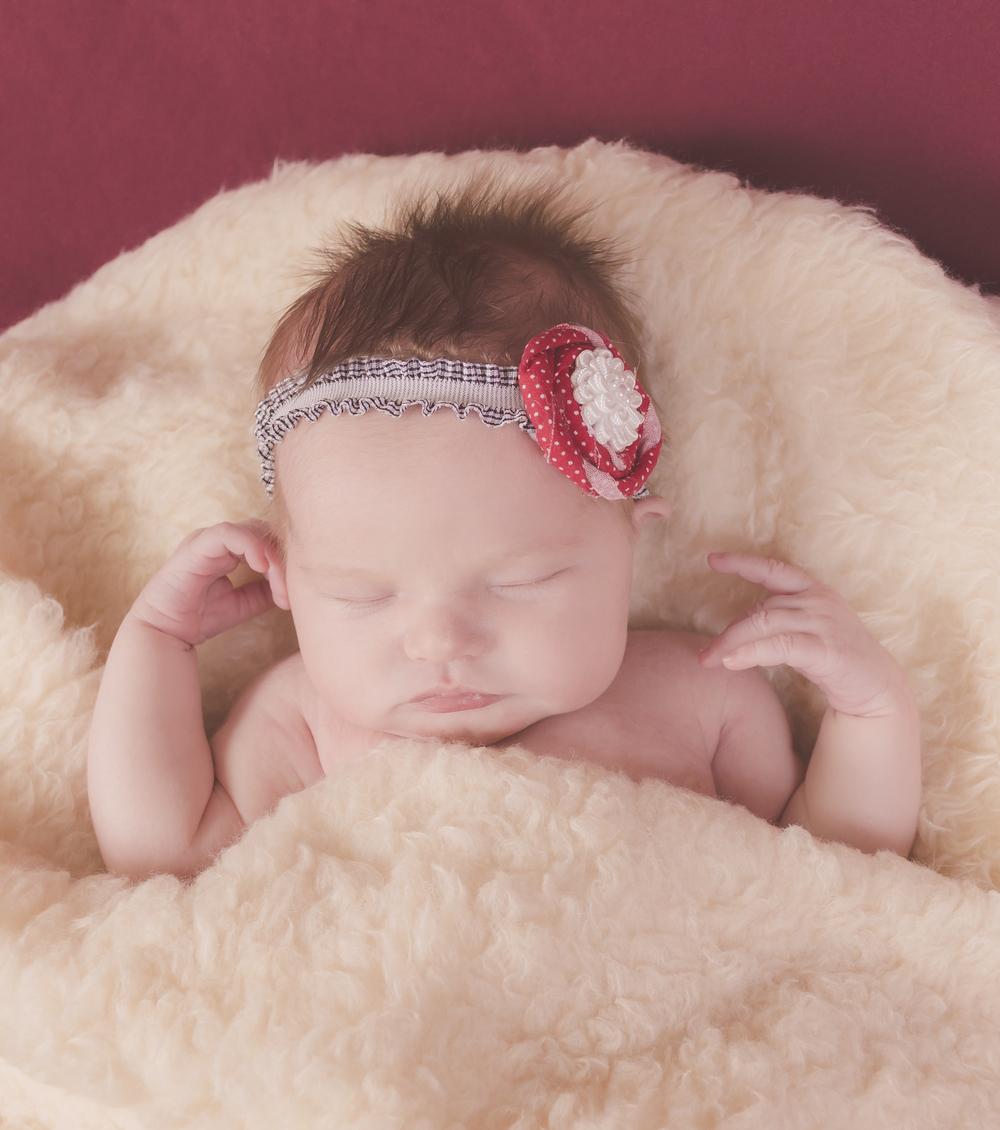Amelia_Newborn_22.jpg