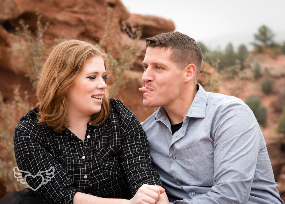 Couples_Photography_Gardenofthegods-87.jpg