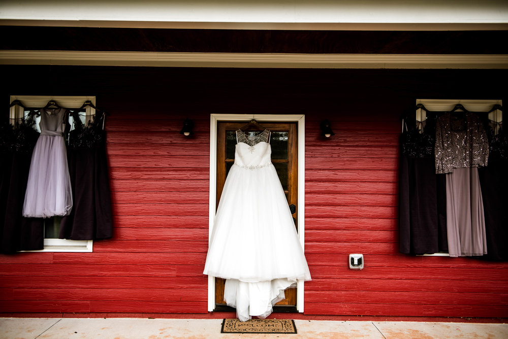 HollyandBrandonWedding(27of141).jpg