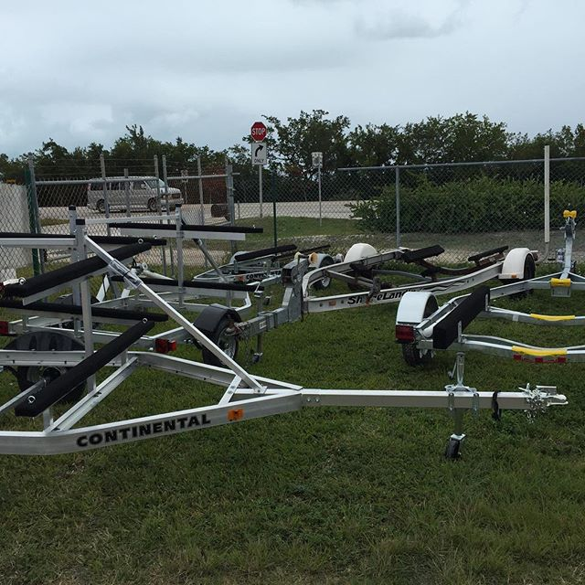 All types of new #trailers, #boattrailers and #utilitytrailers for sale at Hitch King in #BigCoppitt in #KeyWest
