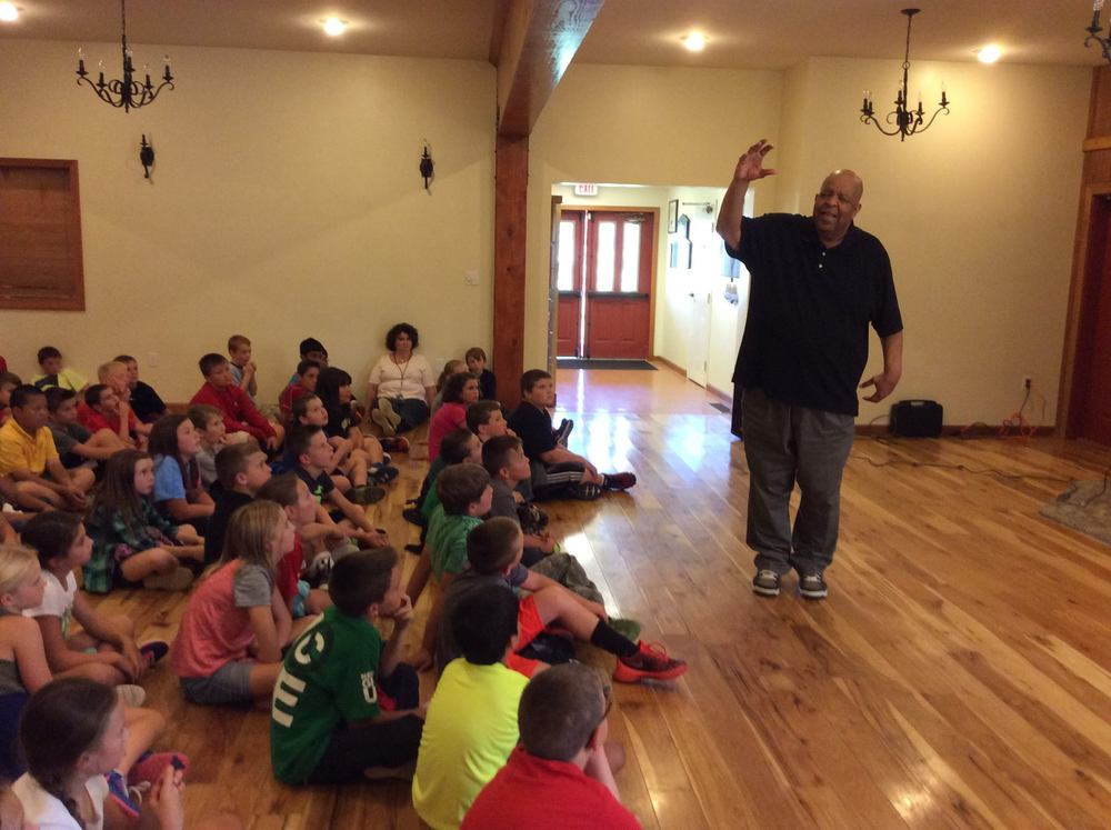 Bill tells at 2015 Pricketts Fort Storytelling Festival