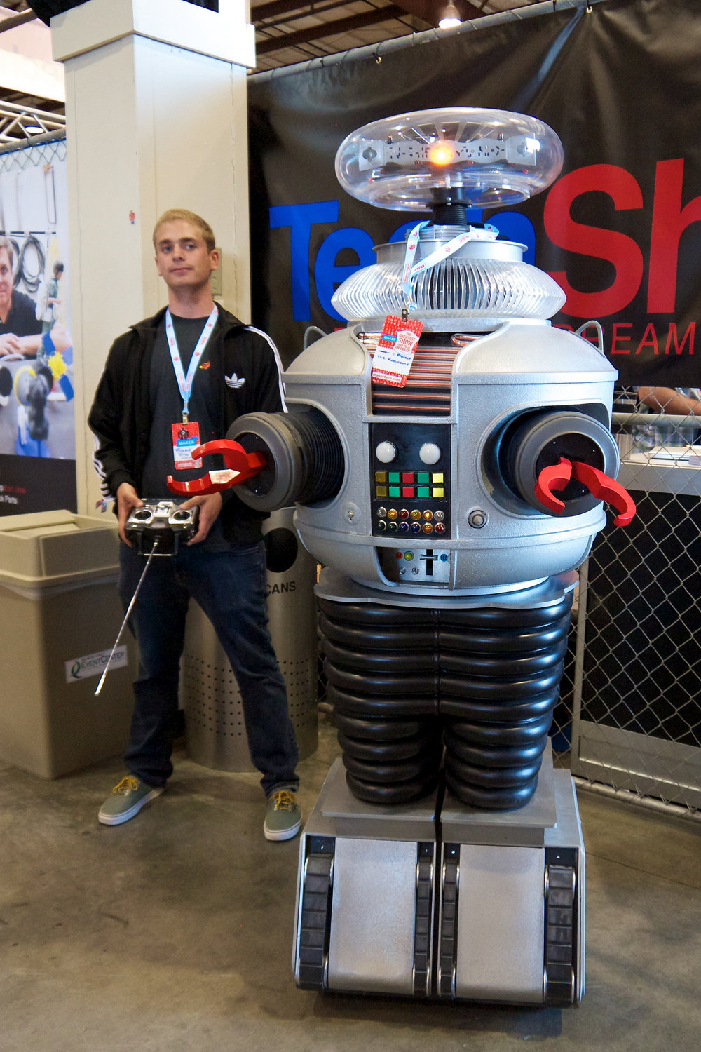 Danger Will Robinson, Danger!  (Lost in Space Robot at Maker Faire by Don DeBold)