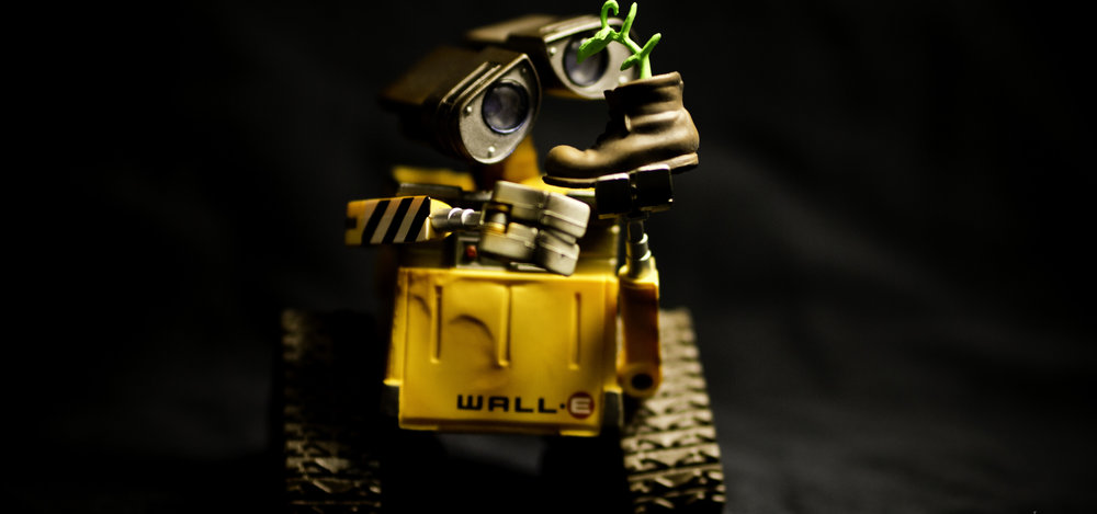 One day, I want somebody to look at me the same way <3 (Wall E by Nazmi Hamidi)