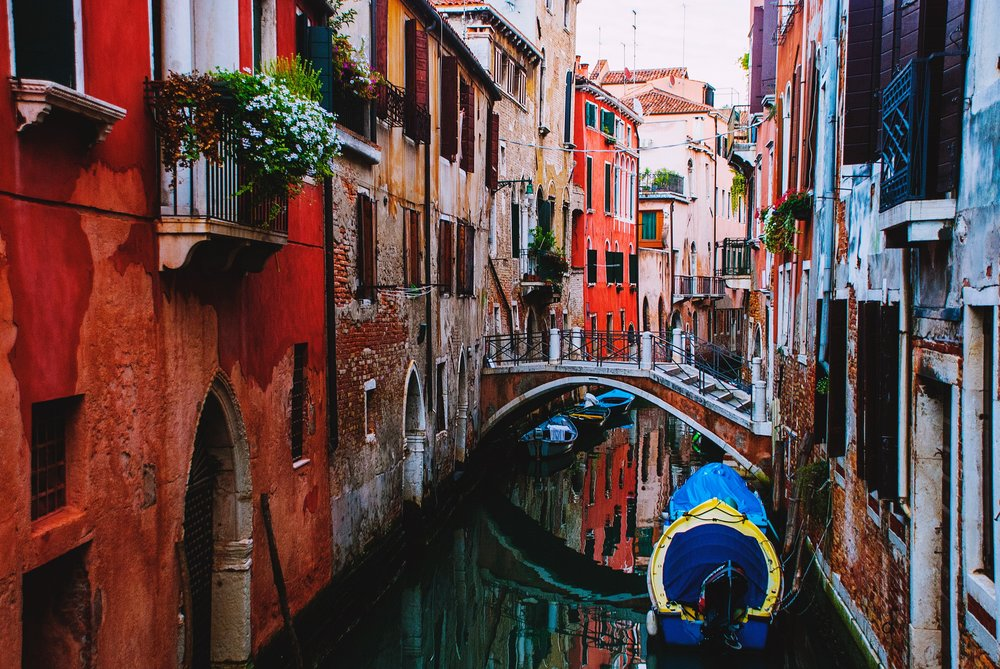 Wander and get lost in Venetian streets