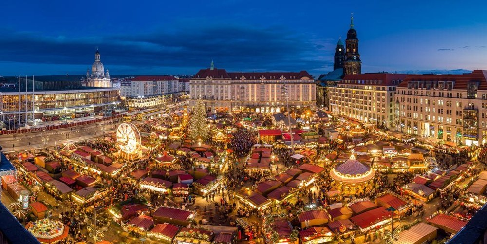 DRESDEN STRIEZELMARKT, GERMANY.jpg
