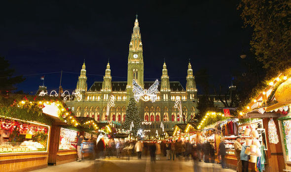 travel-activity-Christmas-market-festive-holiday-Europe-Kirsty-Nutkins-621470.jpg