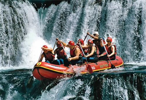 Adventure Sports - Water Rafting