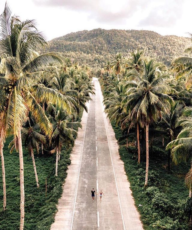 Siargao, a tear-dropped shaped island in the Philippine Sea 💧 #OnMyWanderlist 📍#Philippines 📷 @wildandabroad