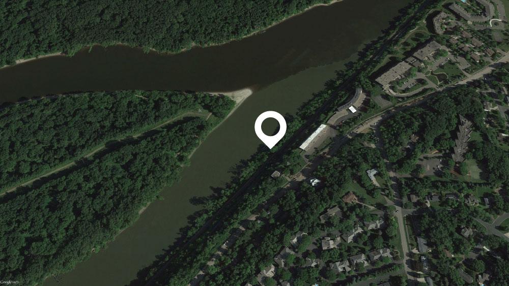 "Mendota Heights, MN 44°53'43.92""N   ·  93°08'58.94""W"