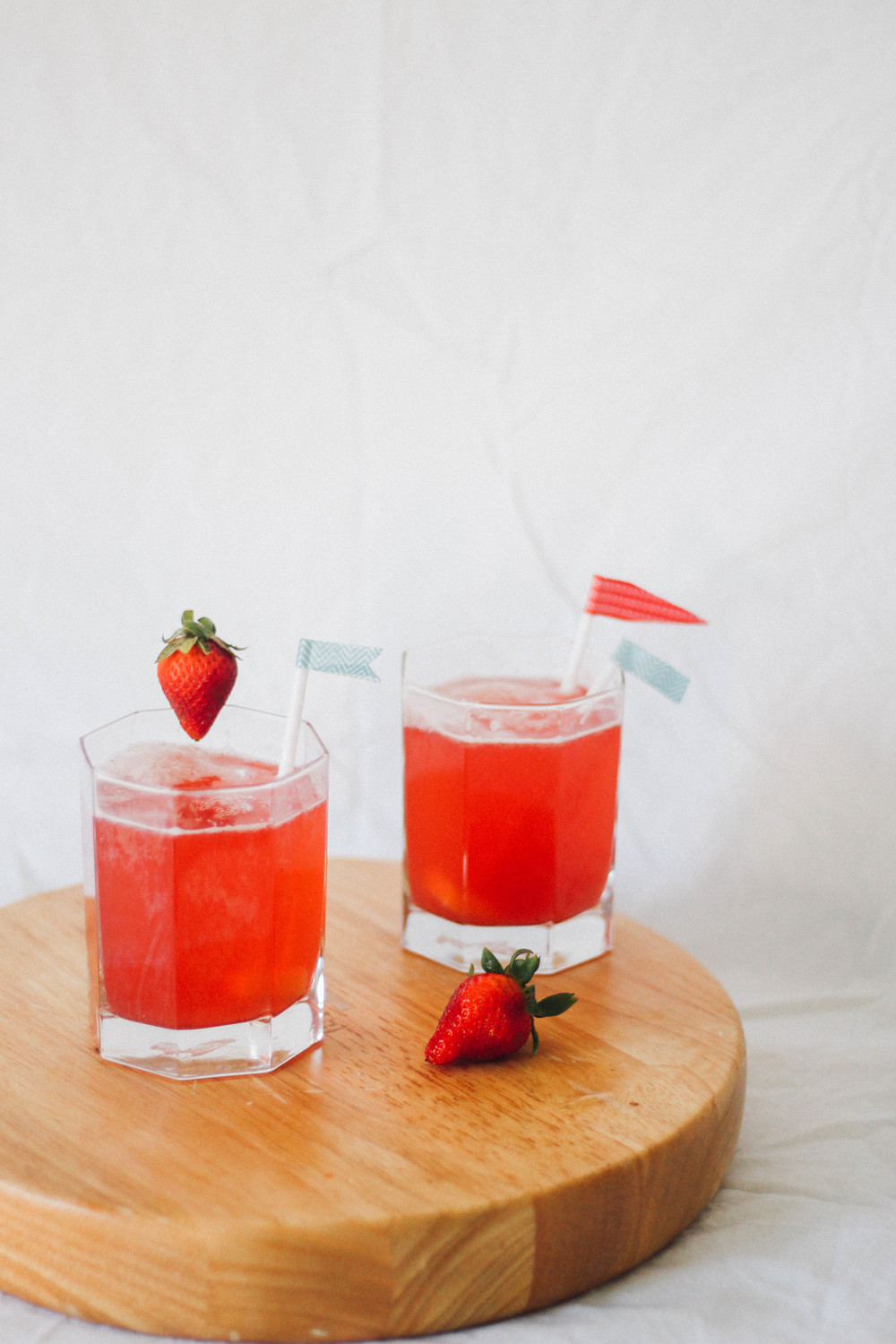 strawberry passionfruit fizz | MEUS-41.jpg