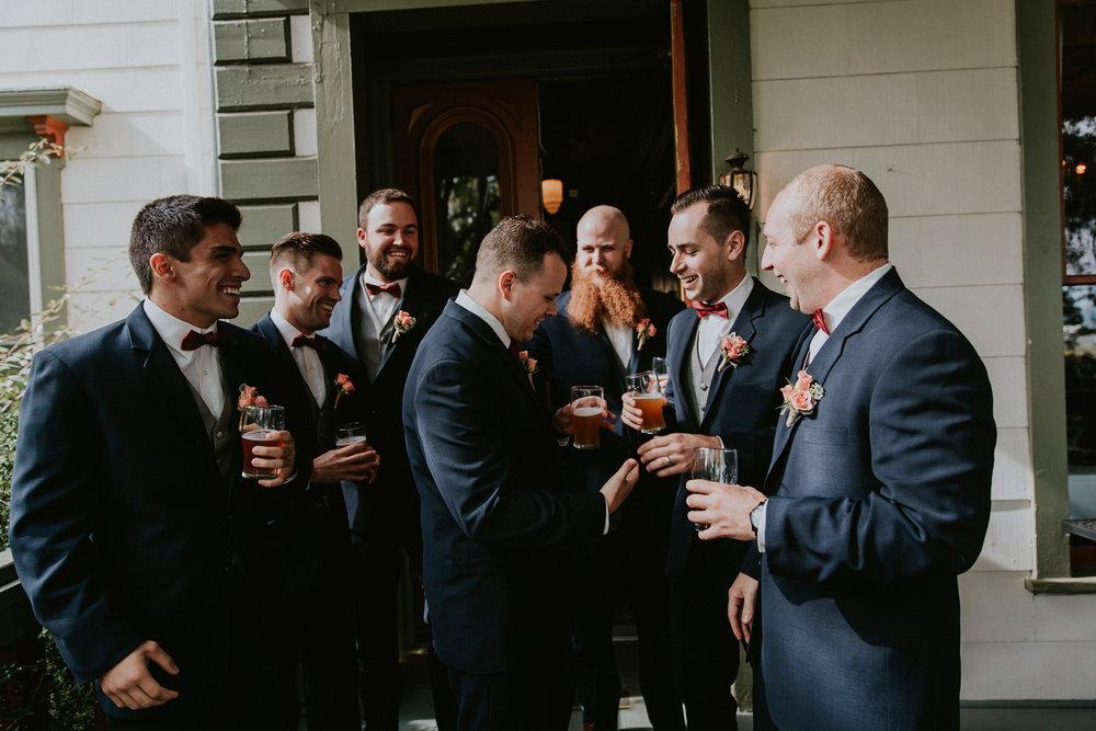 Portland_wedding_photographer_McMenamins_Alfred_Tang-16.jpg