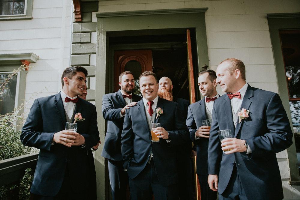 Portland_wedding_photographer_McMenamins_Alfred_Tang-17.jpg
