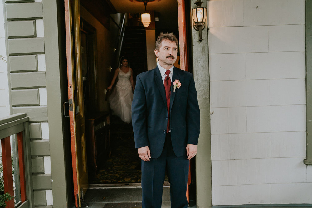 Portland_wedding_photographer_McMenamins_Alfred_Tang-38.jpg