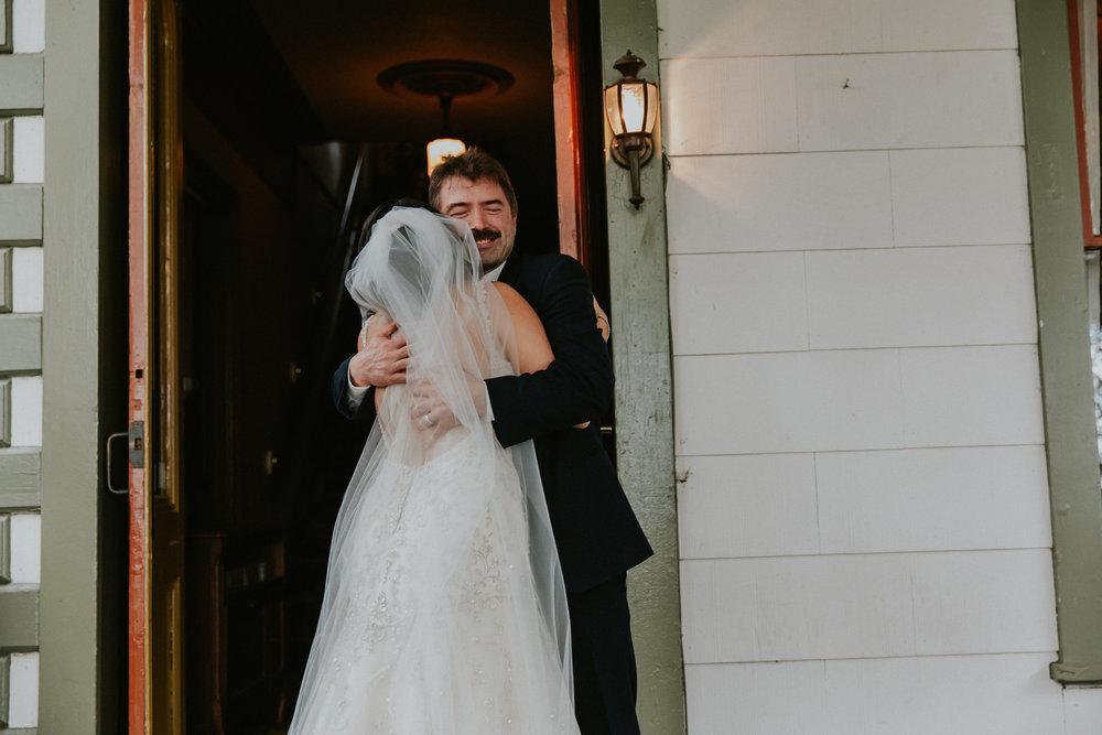 Portland_wedding_photographer_McMenamins_Alfred_Tang-44.jpg