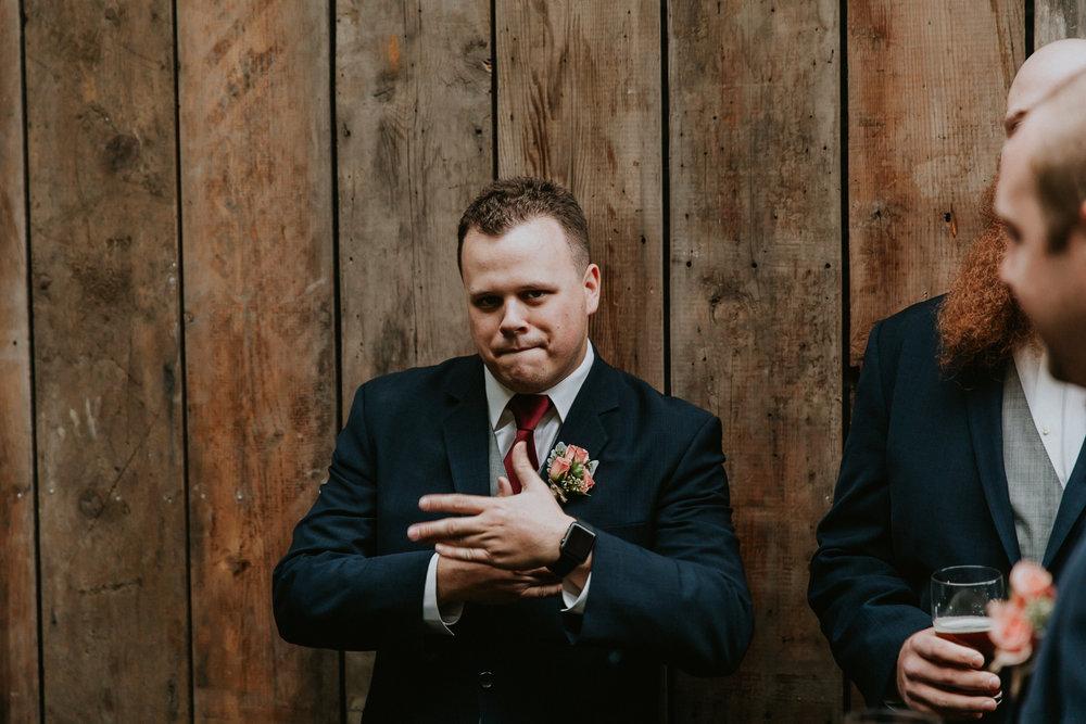 Portland_wedding_photographer_McMenamins_Alfred_Tang-49.jpg