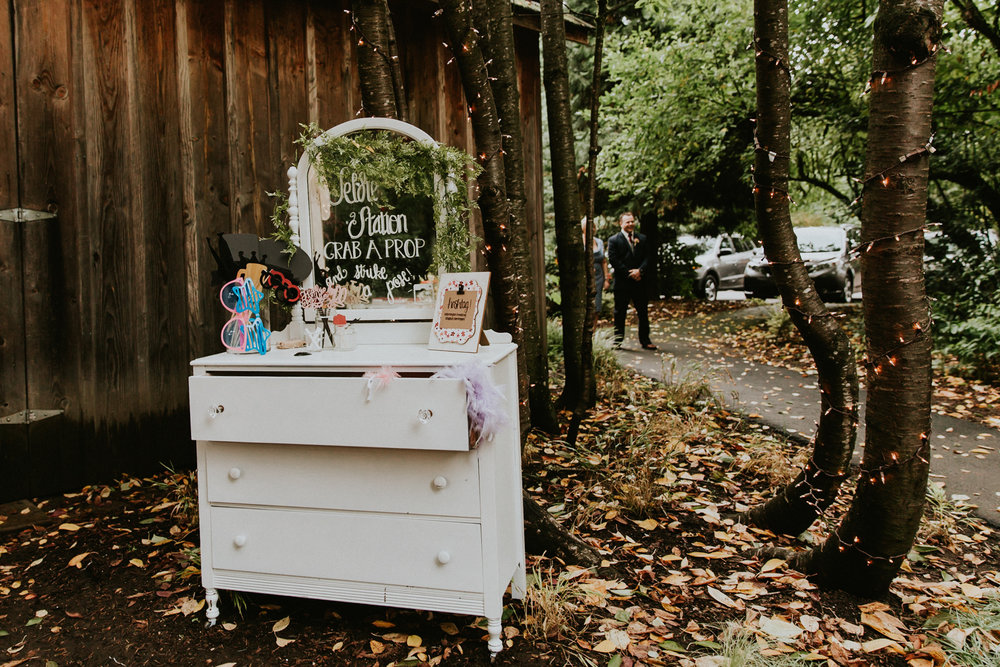 Portland_wedding_photographer_McMenamins_Alfred_Tang-57.jpg