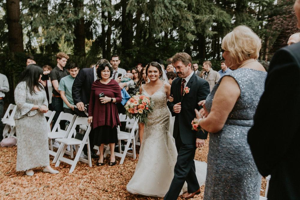 Portland_wedding_photographer_McMenamins_Alfred_Tang-67.jpg
