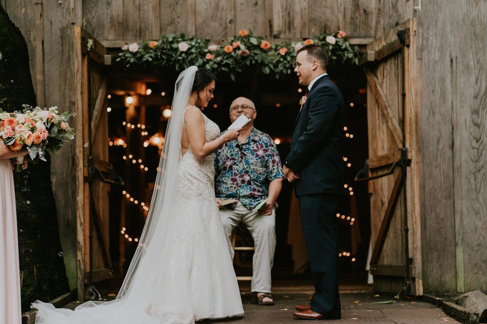 Portland_wedding_photographer_McMenamins_Alfred_Tang-75.jpg
