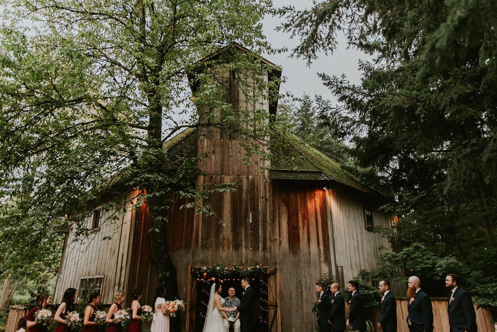 Portland_wedding_photographer_McMenamins_Alfred_Tang-83.jpg