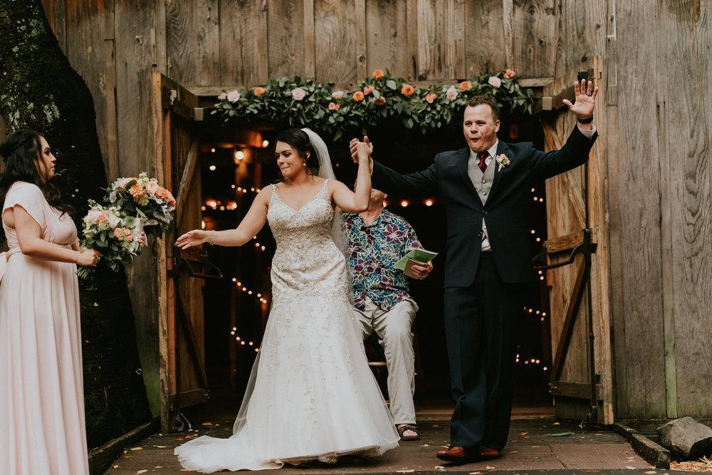 Portland_wedding_photographer_McMenamins_Alfred_Tang-86.jpg