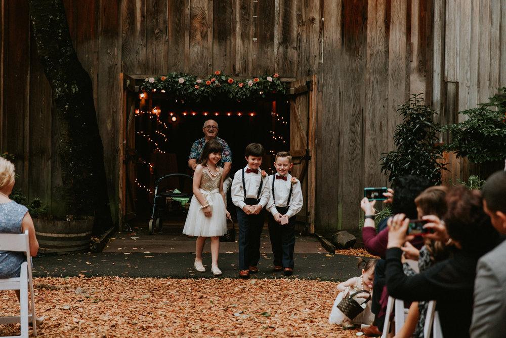 Portland_wedding_photographer_McMenamins_Alfred_Tang-93.jpg