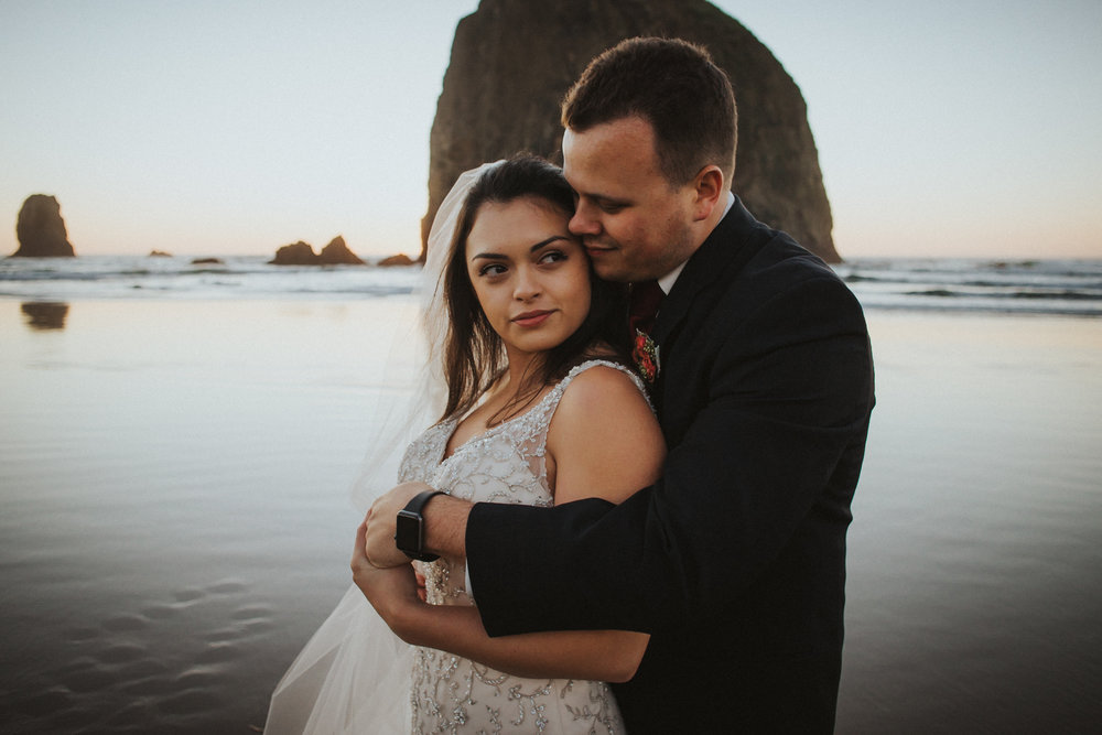 Cannon_Beach_wedding_portland_photography_alfred_tang_Photographer-4.jpg