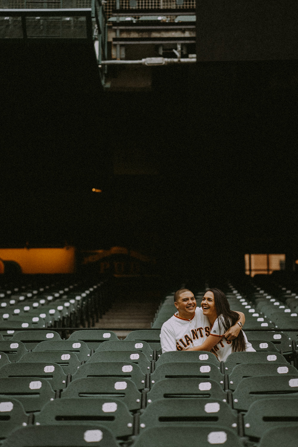 San-Francisco-engagement-wedding-photographer-Giants-AT&T-Park-3.jpg