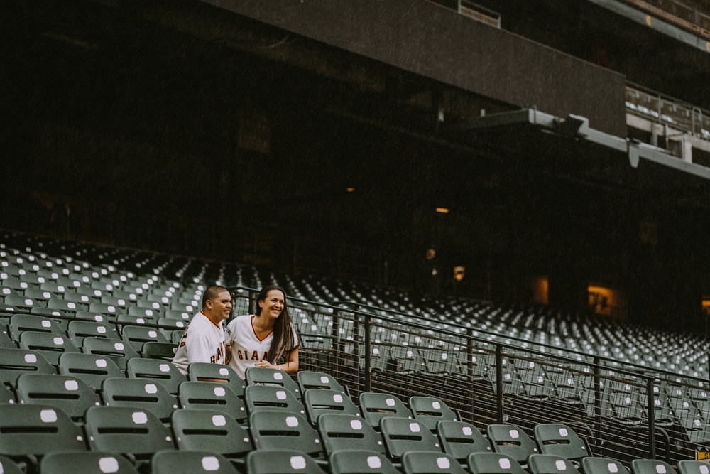 San-Francisco-engagement-wedding-photographer-Giants-AT&T-Park-2.jpg