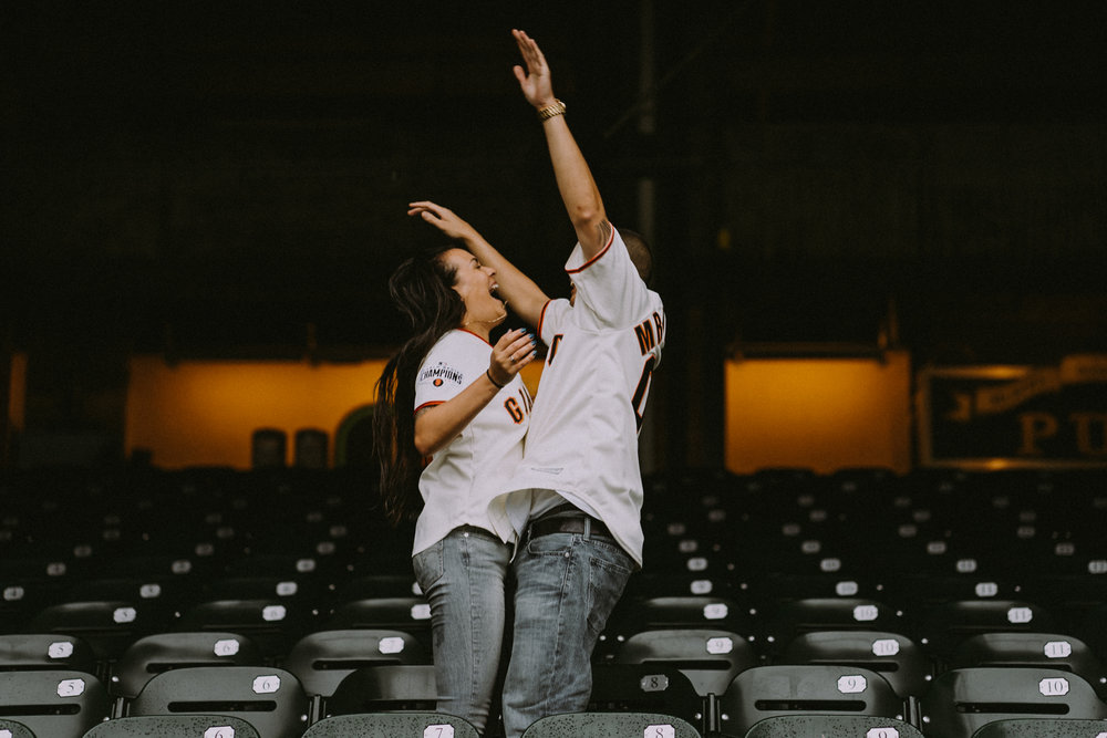 San-Francisco-engagement-wedding-photographer-Giants-AT&T-Park-5.jpg