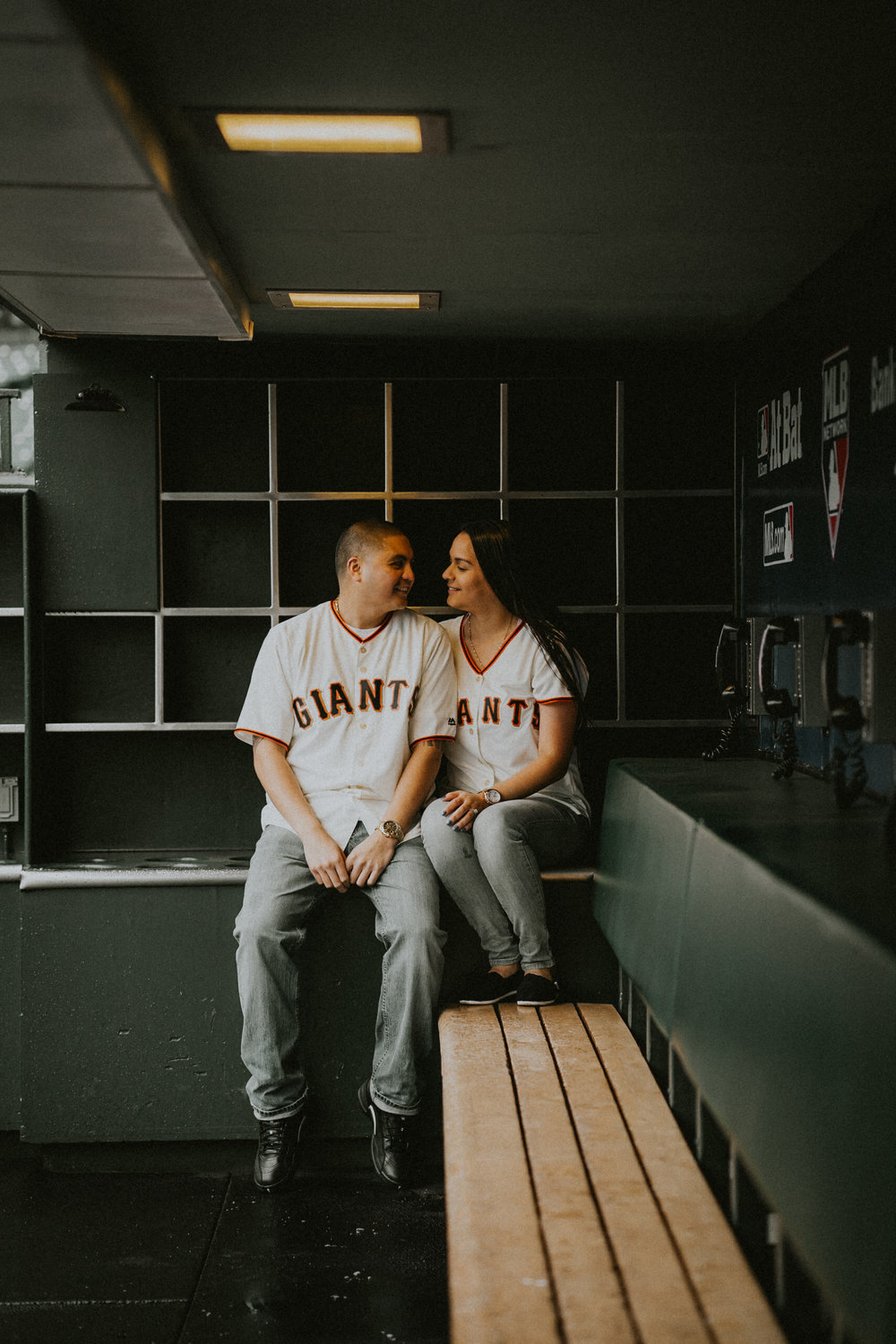 San-Francisco-engagement-wedding-photographer-Giants-AT&T-Park-11.jpg