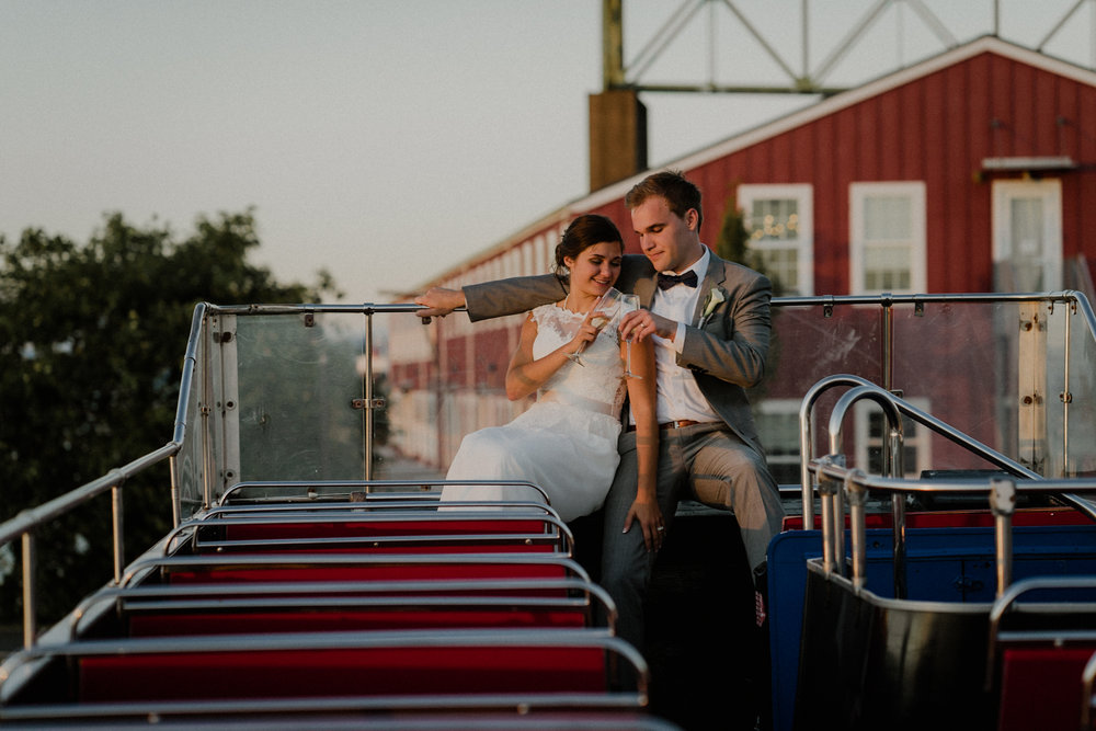 Astoria_wedding_Red_Loft_building_Oregon_Photographer