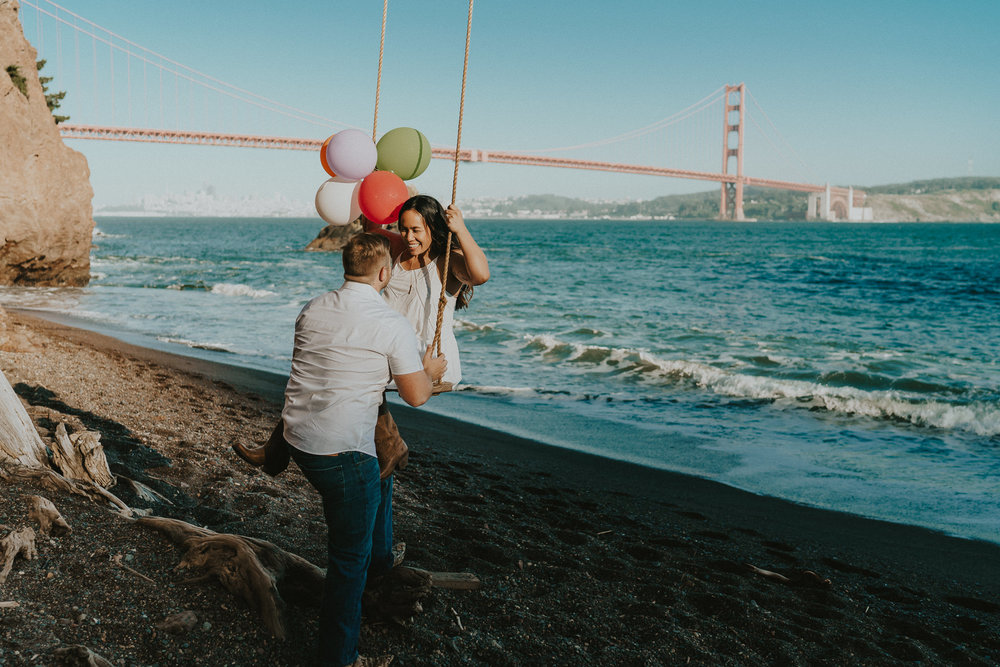 Golden-Gate-Kirby-Cove-Swing-Engagement-Alfred-Tang-Photography