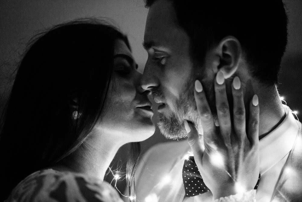 bnw-bride-groom-portrait