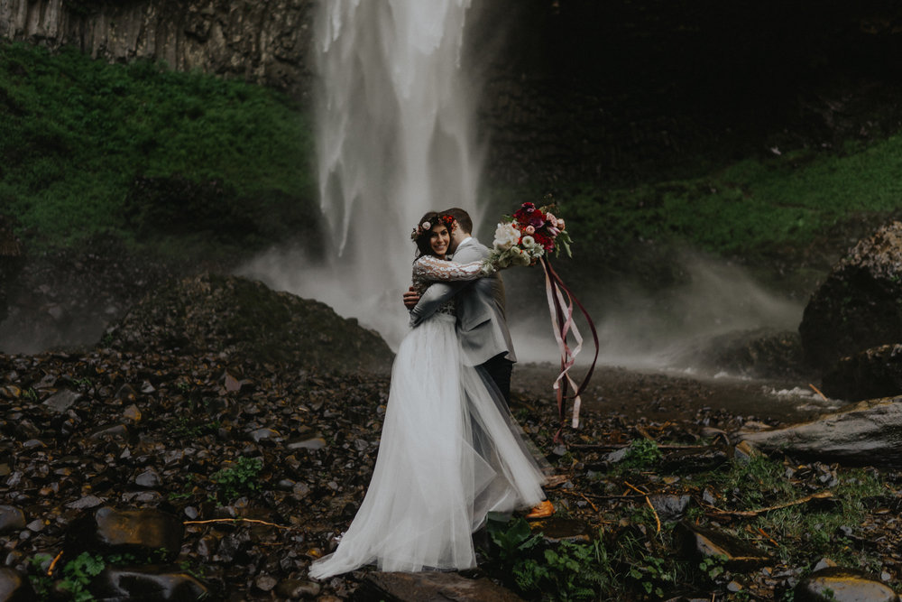 Elopement-Waterfall-Gorge-Wedding-Photographer