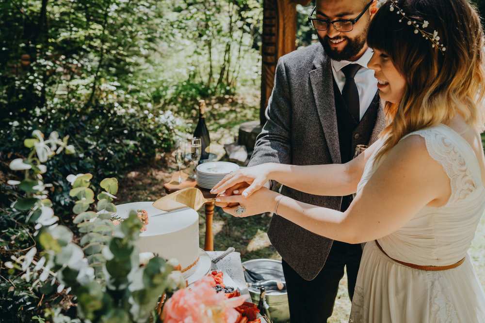 Cake-Wedding-Portland-Photographer