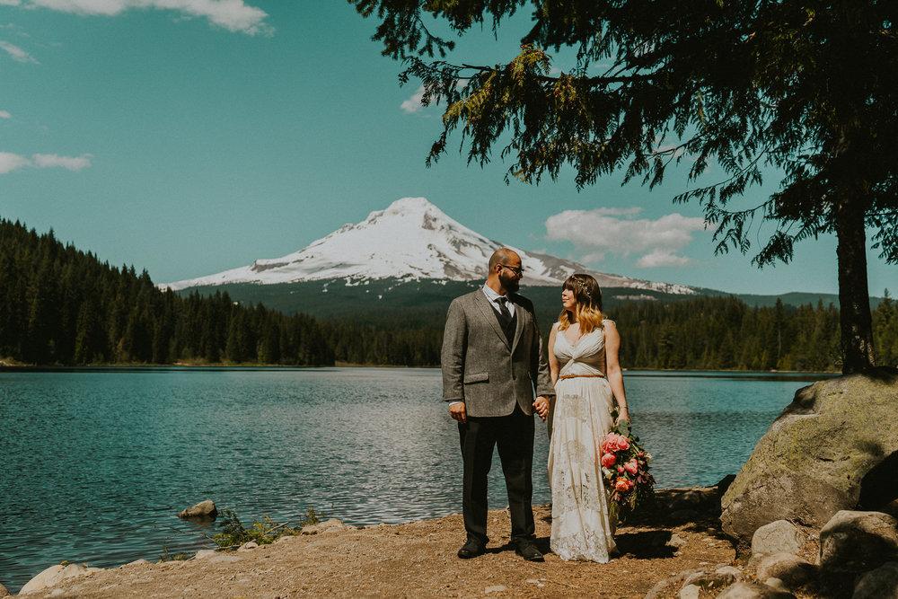 Mount-Hood-Trillium-Lake-Portraits