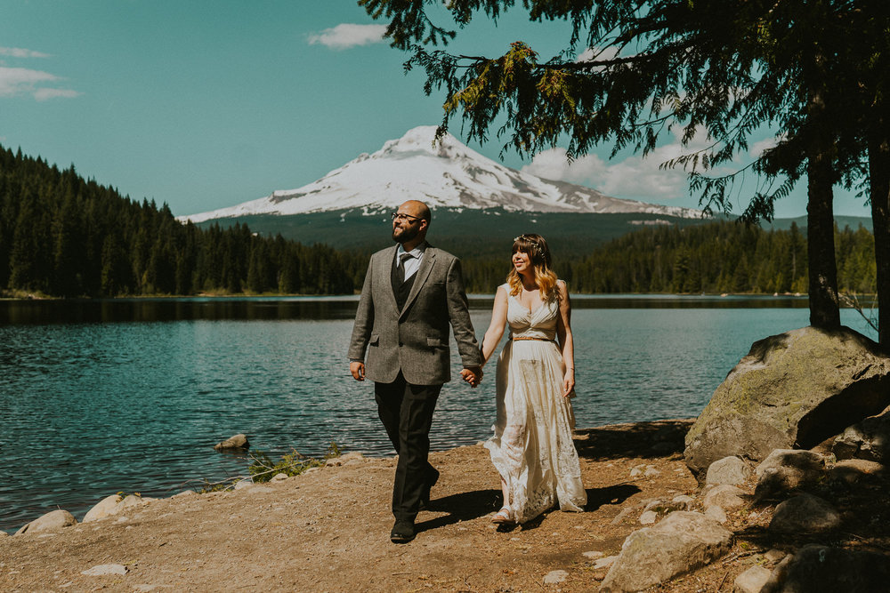 Bride-Groom-Wedding-Portraits-Oregon-Photographer
