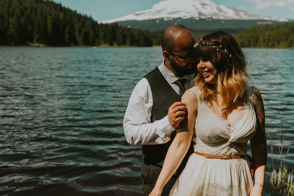 Light-Lake-Mt-Hood-Photographer
