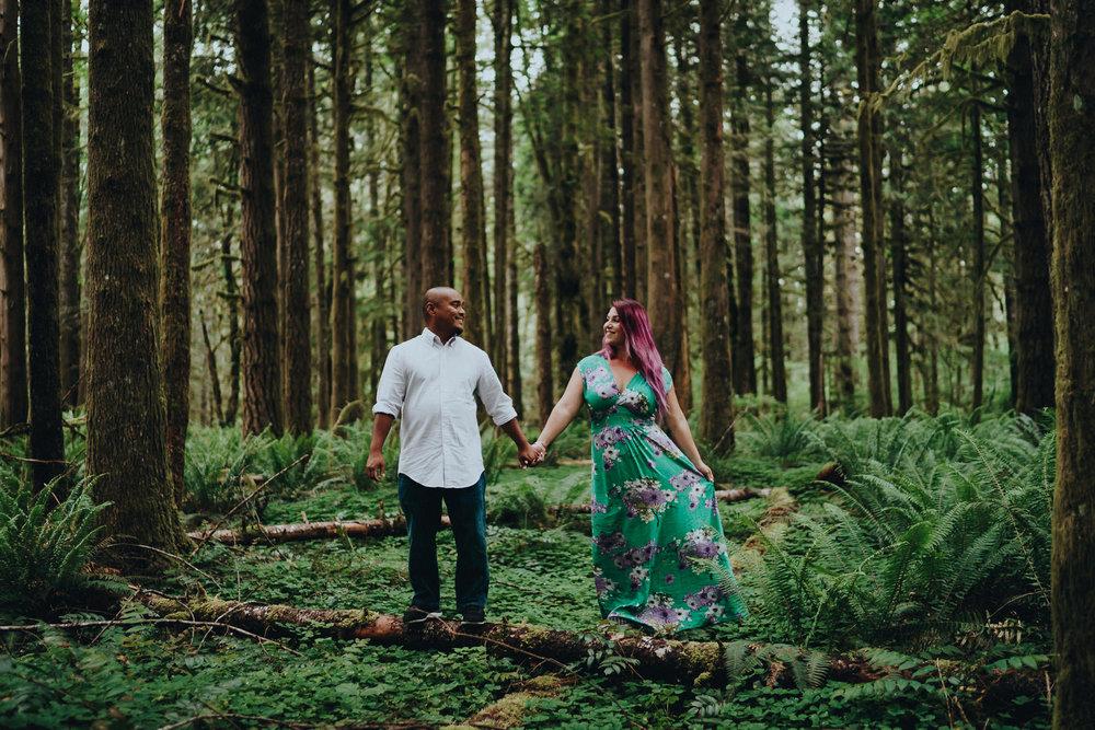 Engagement-Couple-Photographer