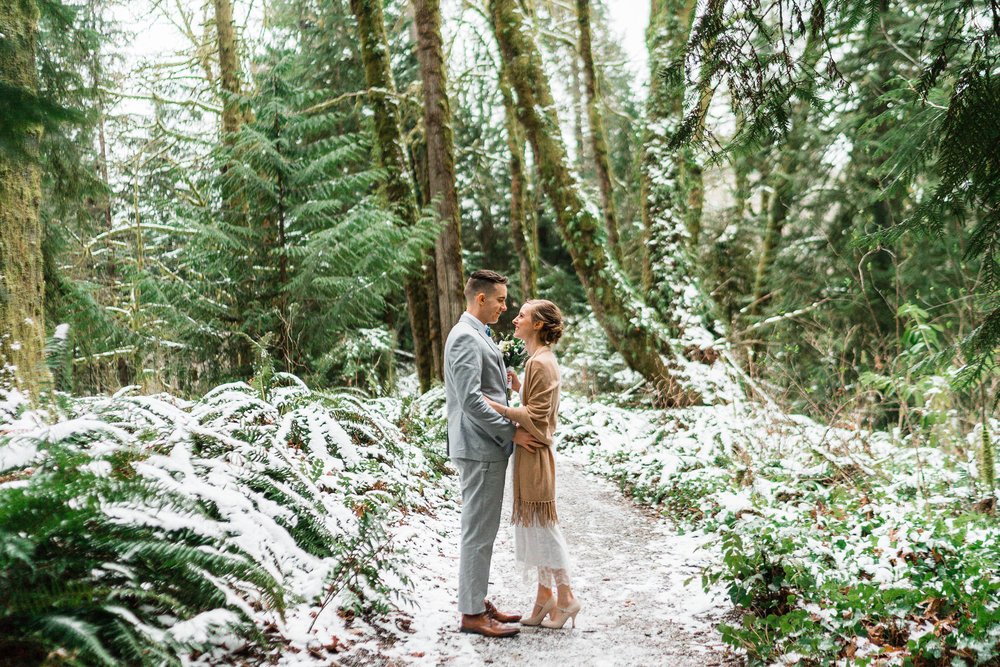 olympic national park Washington state elopement photographer