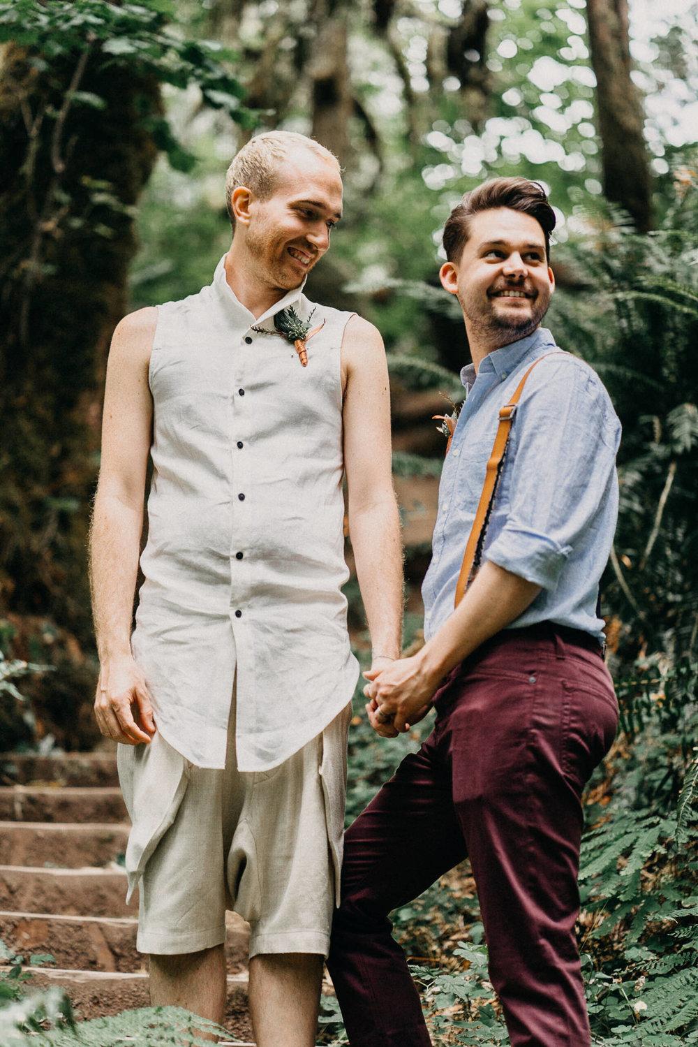 Oregon-Portland-same-sex-lgbqt-wedding-photographer-107.jpg