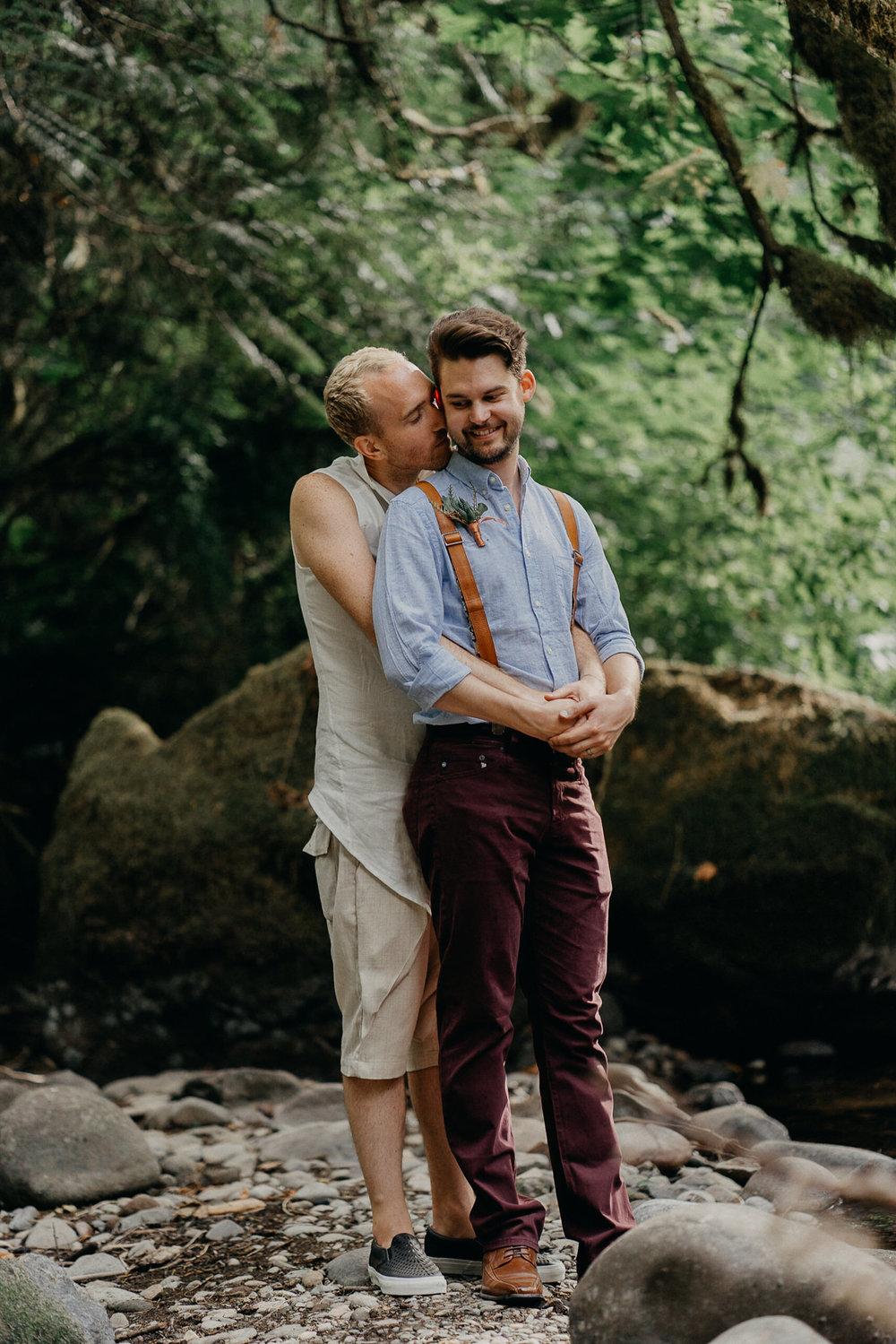 Oregon-Portland-same-sex-lgbqt-wedding-photographer-113.jpg
