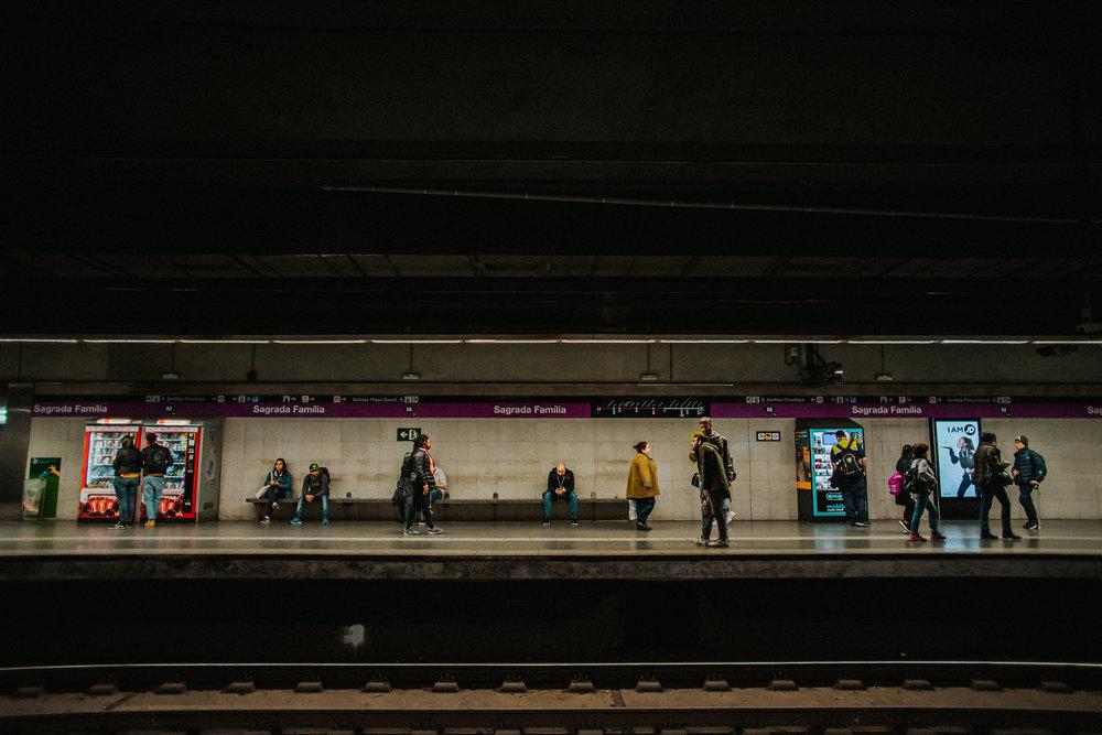 Barcelona Metro Station Sagrada Familia L4