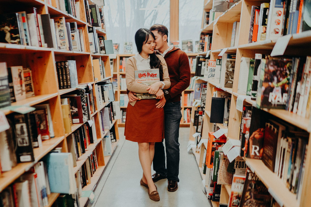 Portland Book store engagement Alfred Tang Photography