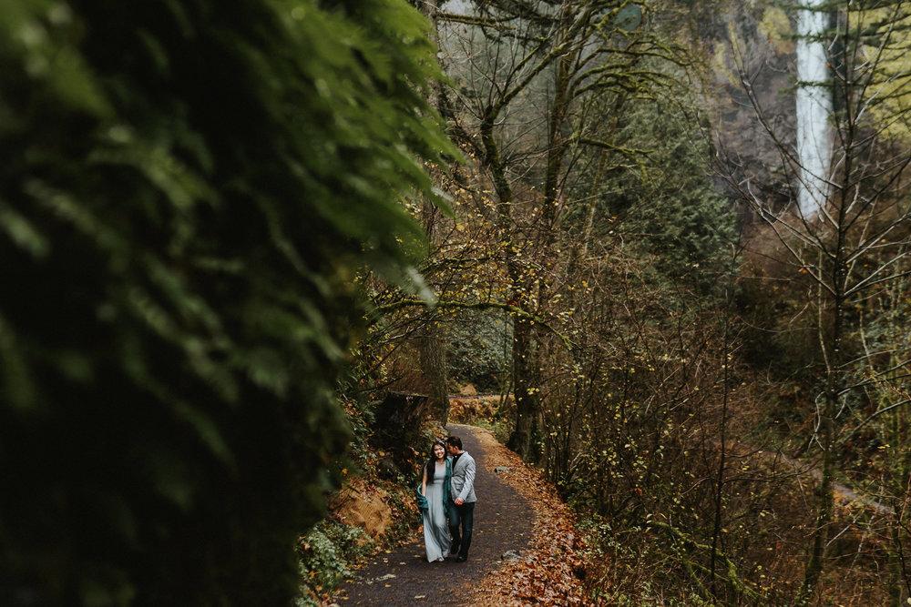 Latourell Falls moody Alfred Tang photography