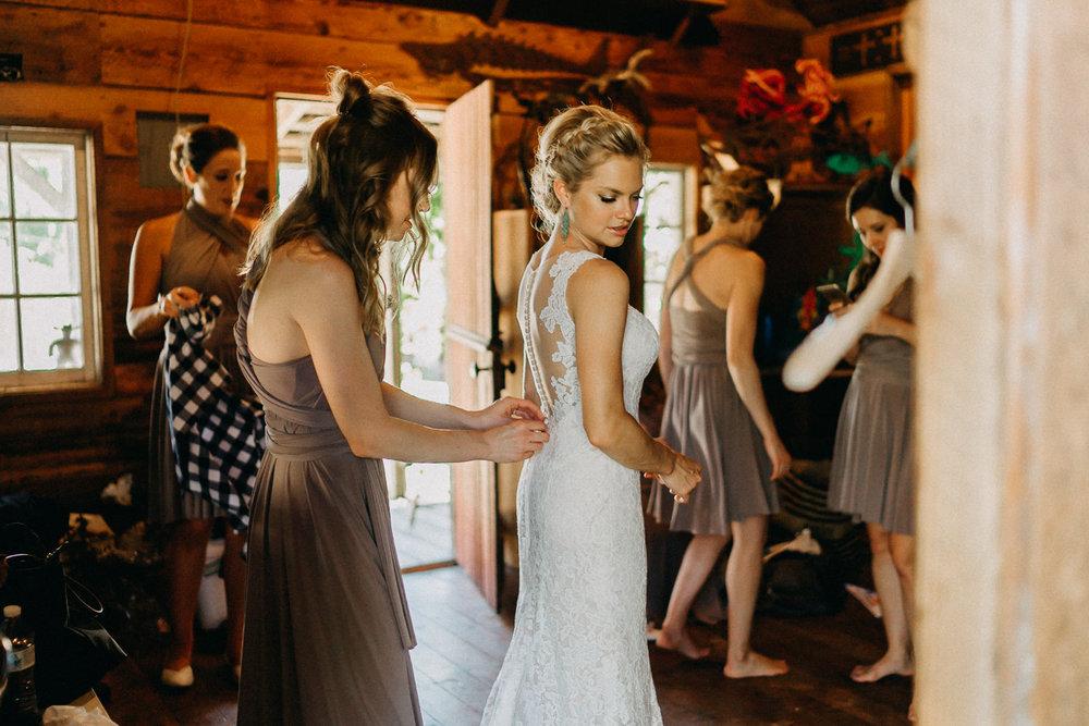 Summerhill-Farms-Portland-Wedding-Photographer-Backyard-Vineyard-14.jpg
