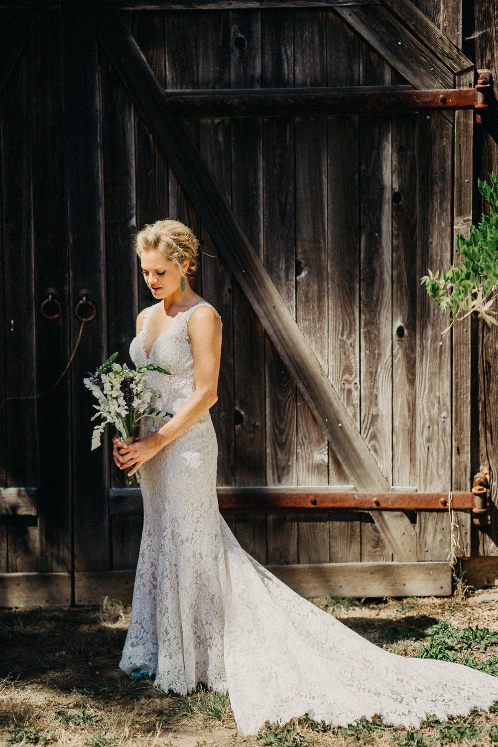 Summerhill-Farms-Portland-Wedding-Photographer-Backyard-Vineyard-15.jpg