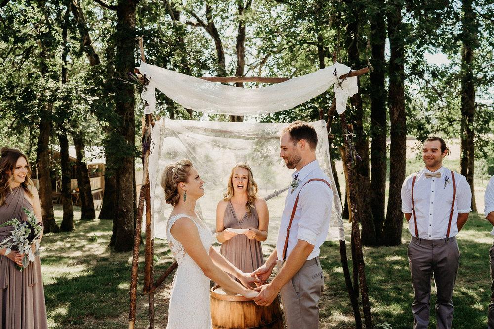 Summerhill-Farms-Portland-Wedding-Photographer-Backyard-Vineyard-35.jpg